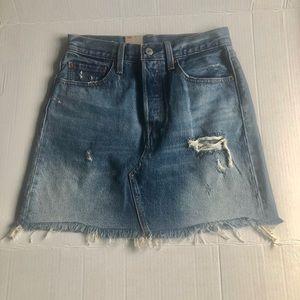 Levi's high rise Iconic denim skirt Size27